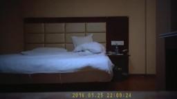 酒店安裝針孔攝像機偷拍援交妹