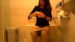 廁所偷拍42