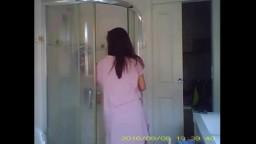側拍妹妹洗澡(完整影片加好友)