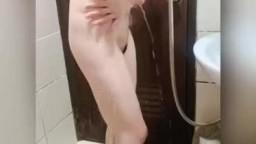 前女友洗澡偷拍♡ IG:ttt._.1219