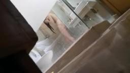 網友偷拍女友洗澡4